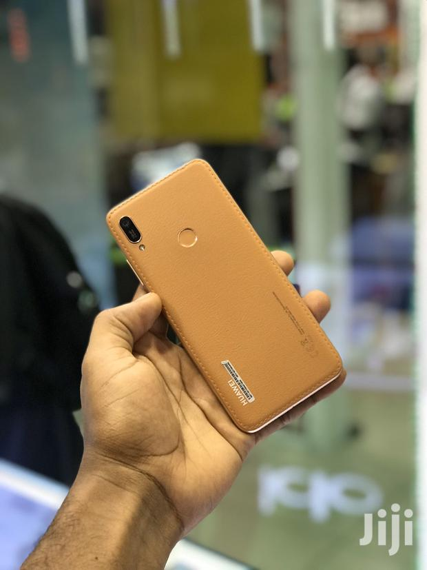 Archive: New Huawei Y6 Prime 32 GB Gold